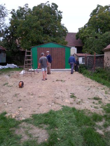 Stavba obecní garáže