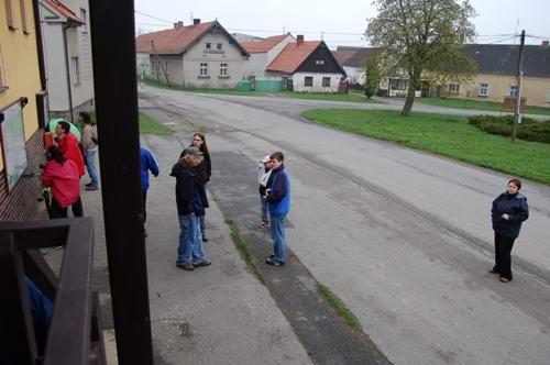 """Otevření naučné stezky """"Po stopách slovanských bohů"""" - 29.4.2006"""